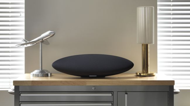 en iyi kablosuz hoparlör hangisi Bowers and Wilkins Zeppelin Wireless