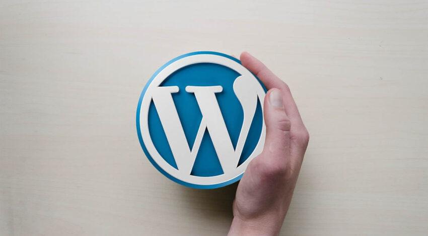 en iyi ücretsiz wordpress temaları
